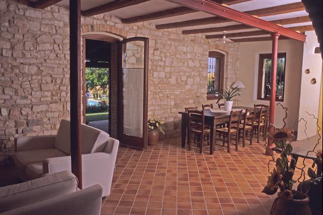 Casale Ripalta sala portico